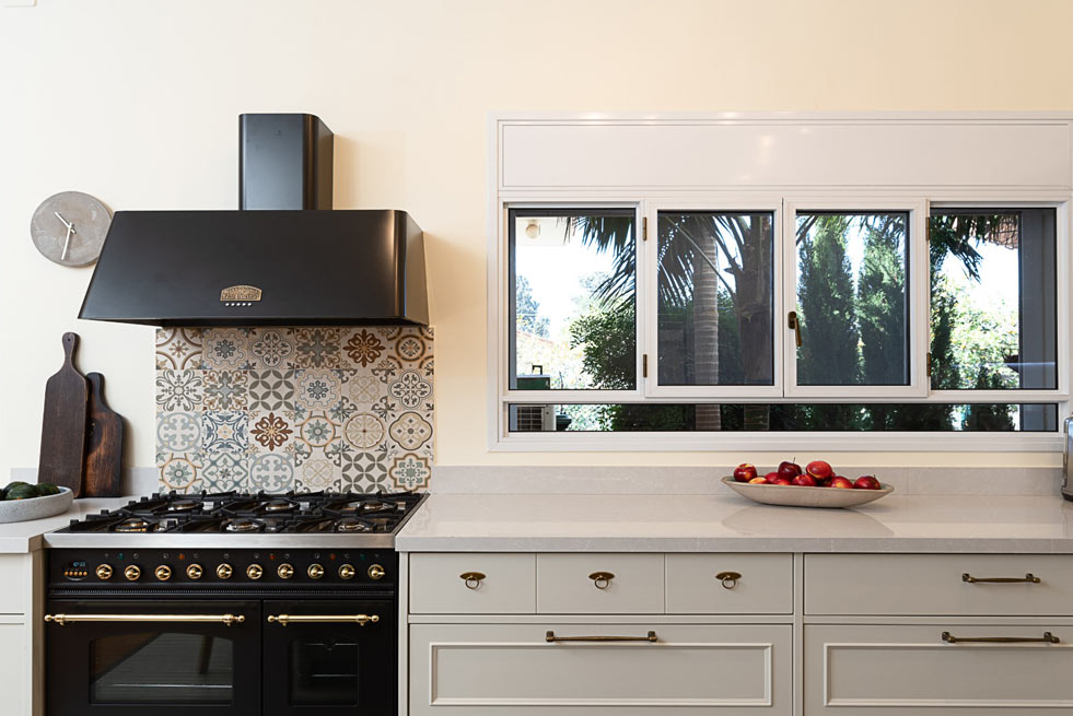 country-kitchen-in-special-design-in-hedera18